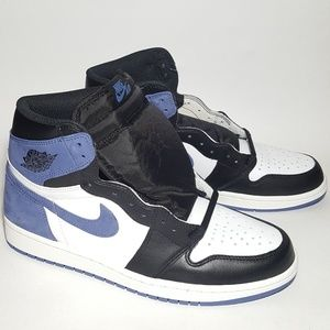 Nike Air Jordan 1s Blue Moon Size 10 Brand New